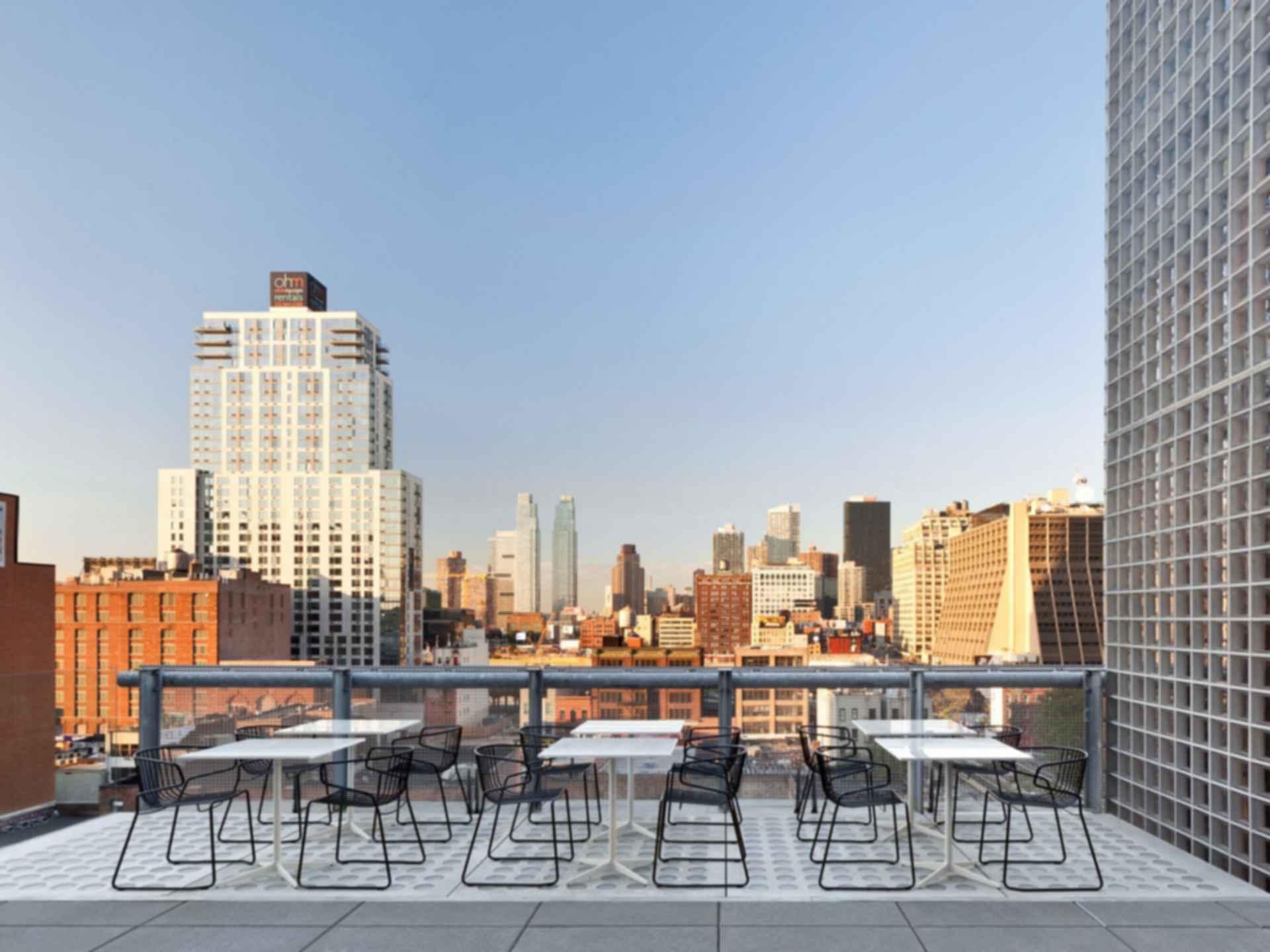 La Piscine at Hotel Americano - Seating Area/View