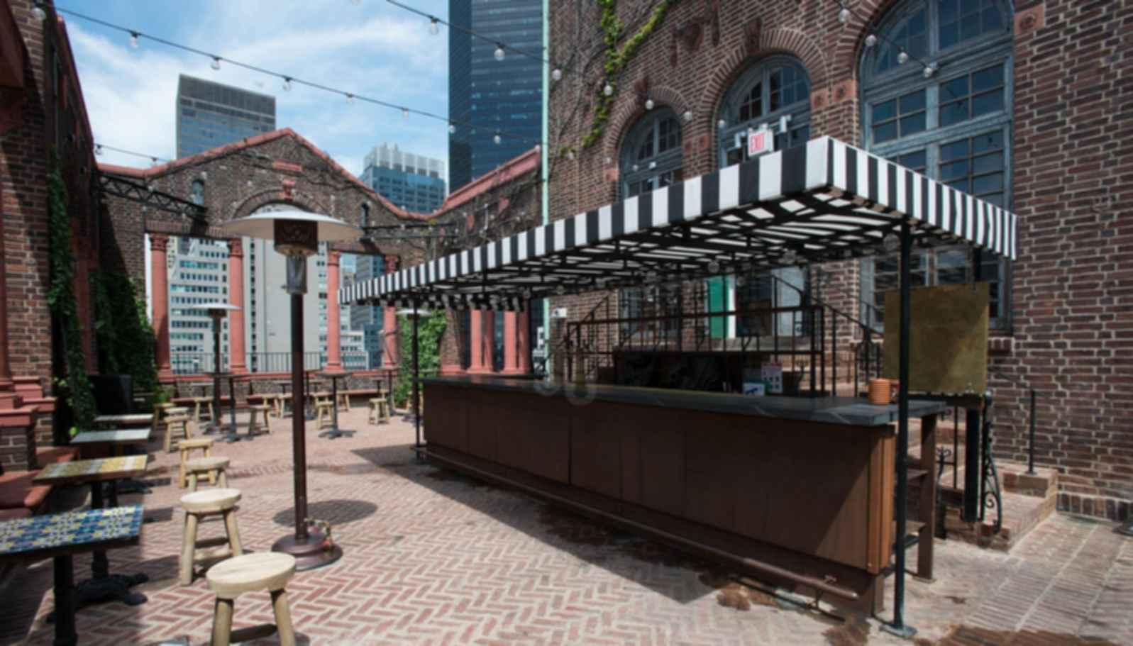 Pod 39 Rooftop Bar Bar Seating Area