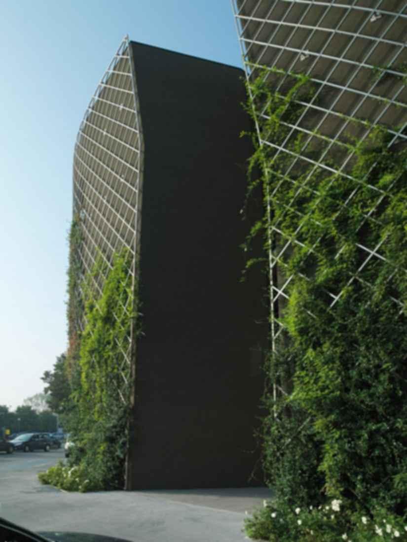 Centro Direzionale Forum - Exterior Walls