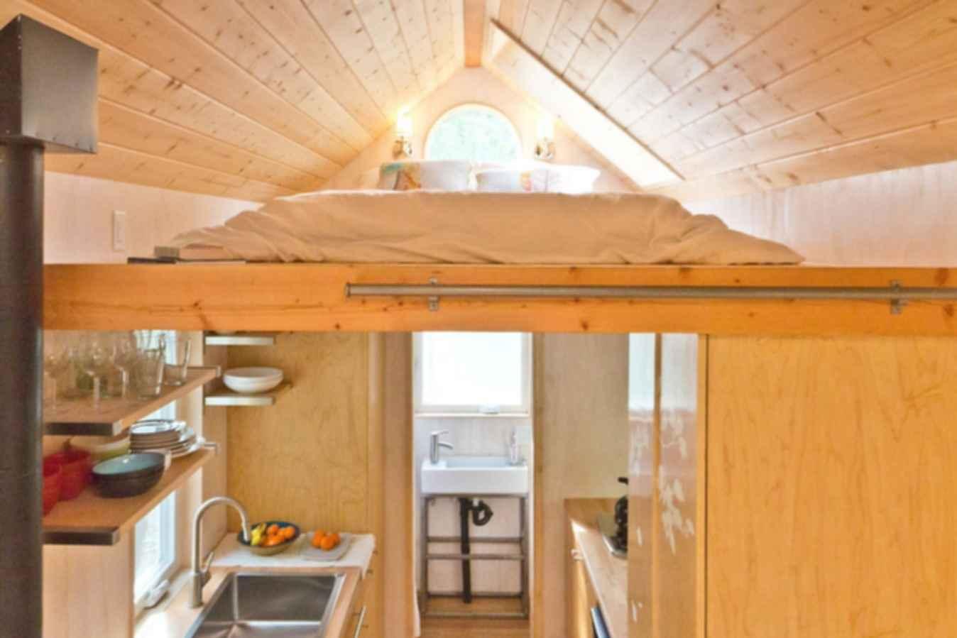 California Dreamin' - Interior/Kitchen/Bed