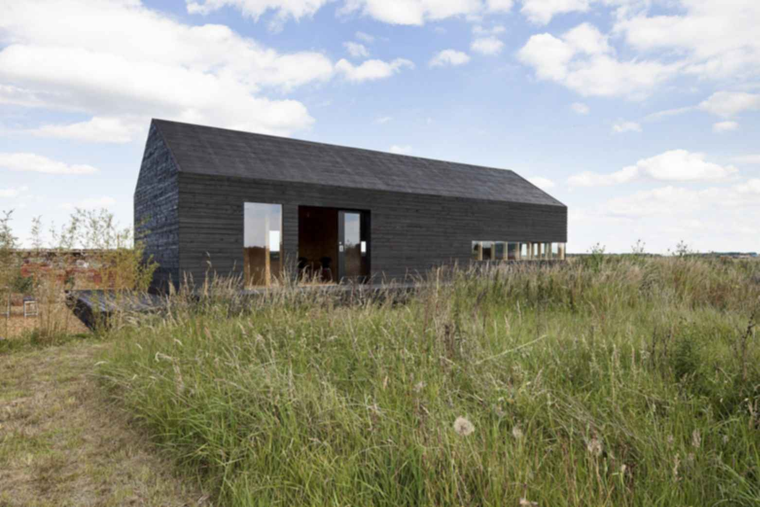 Stealth Barn House - Exterior