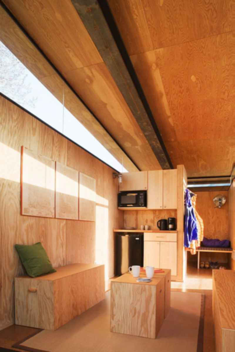 Rolling Huts - Interior/Lounge Area