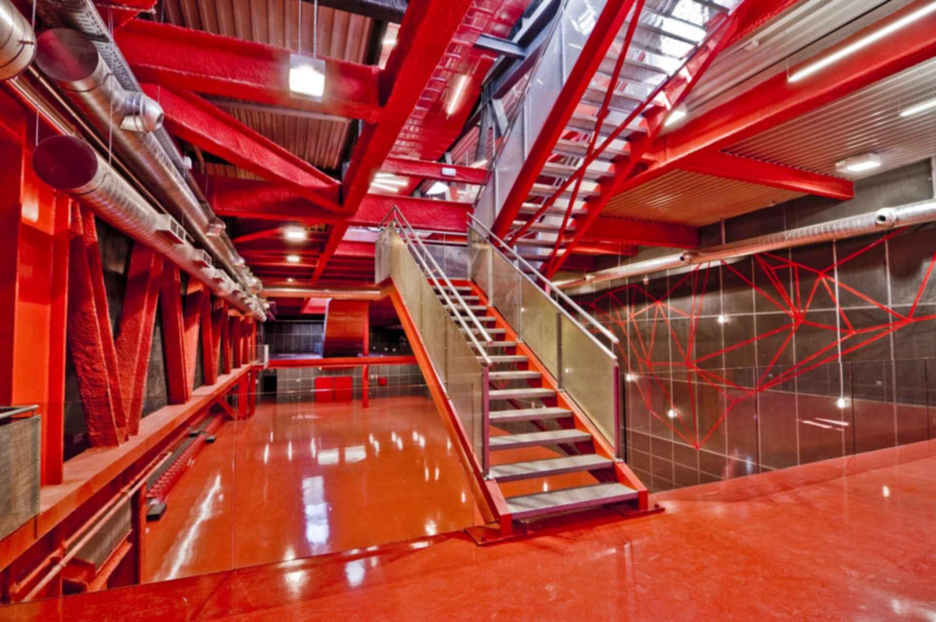 Teruel-zilla - Interior/Stairs