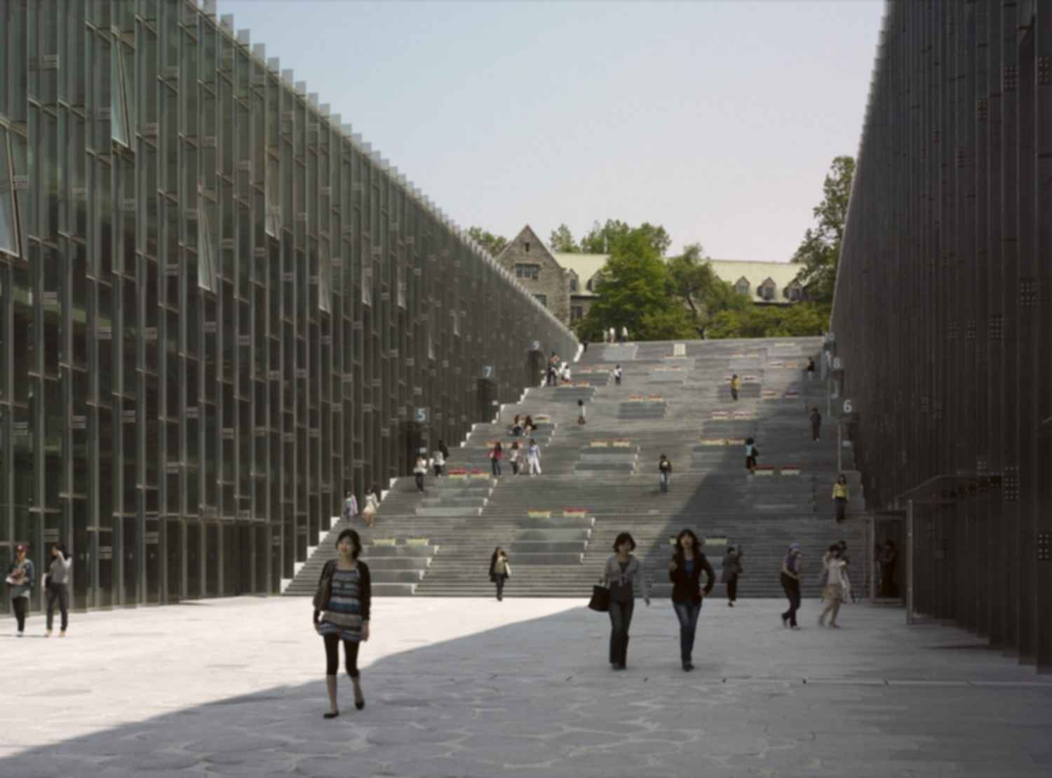 Ewha Womans University - Exterior/Entrance/Stairs