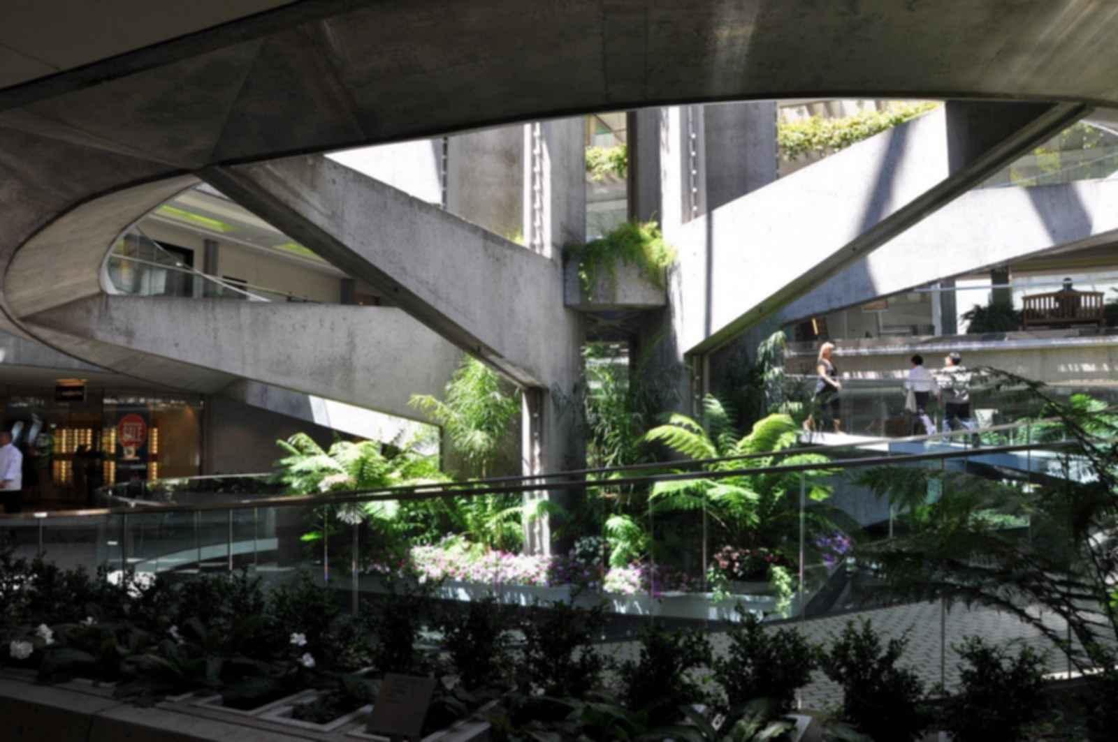 Hyatt Regency Embarcadero Center - Interior/Spiral Path