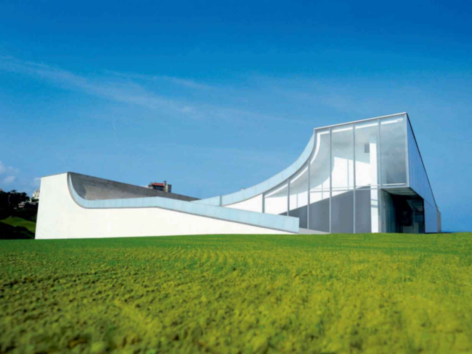 Museum of Ocean and Surf - Exterior/Ramp