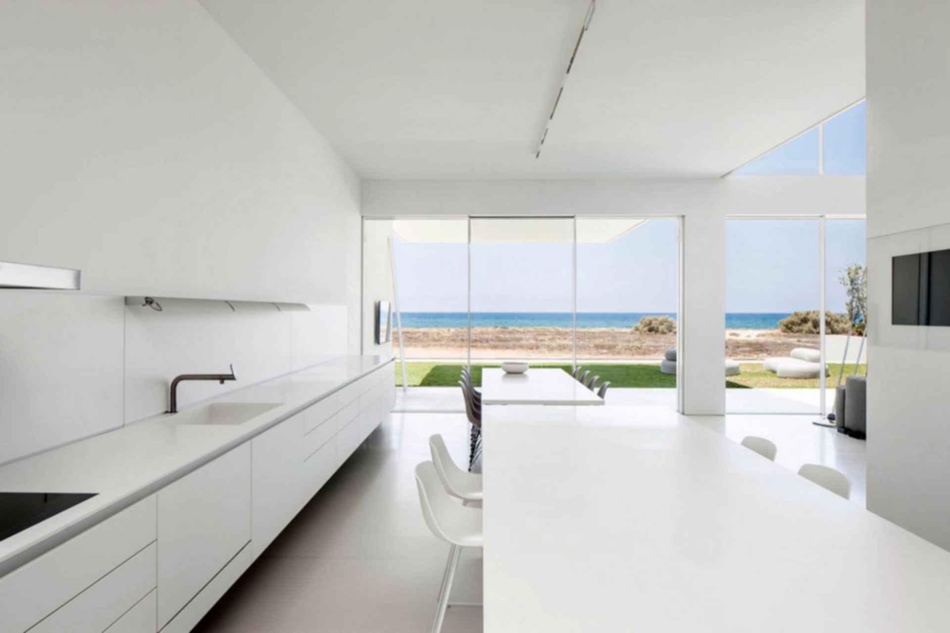 House on the Sea - Kitchen