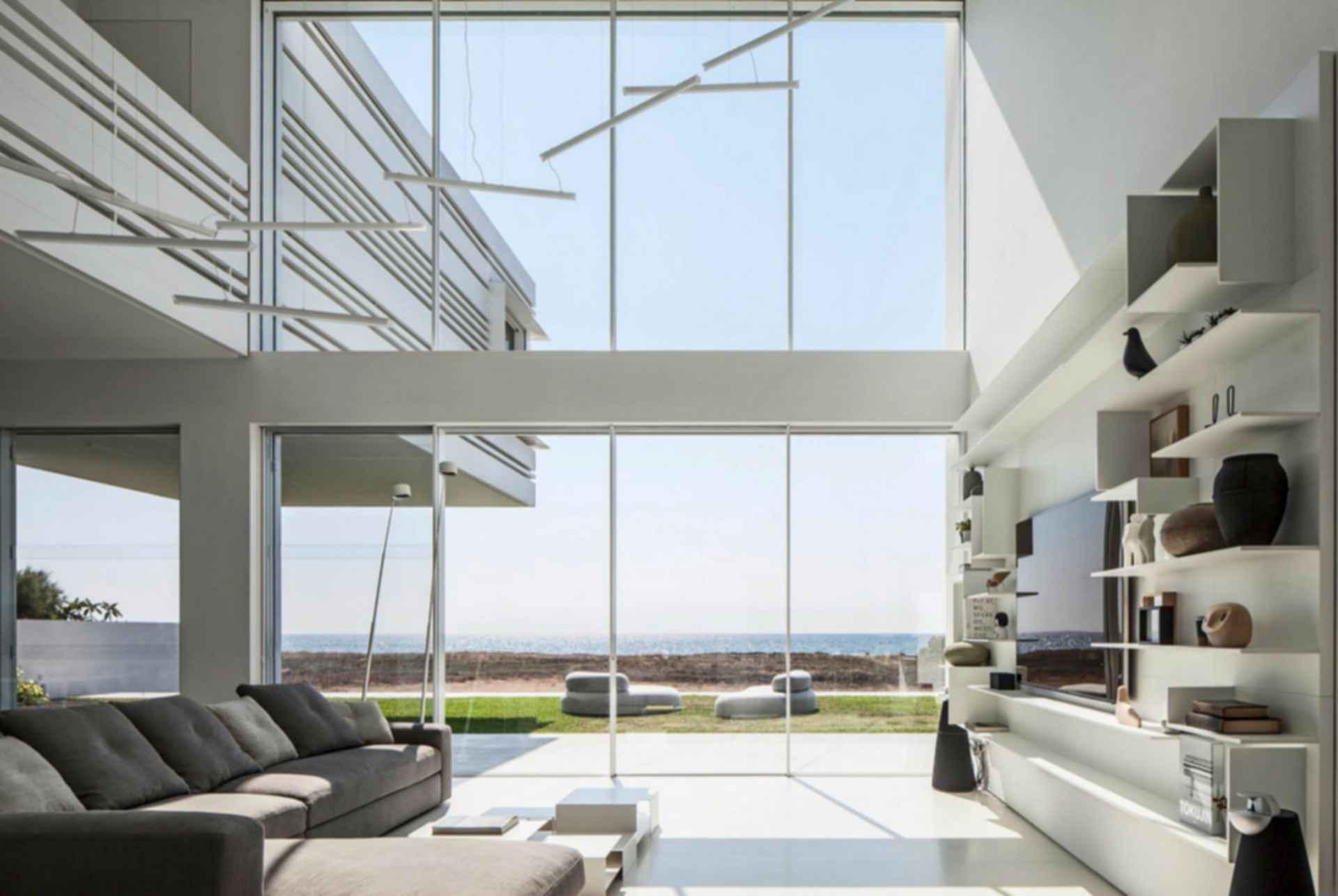 House on the Sea - Interior/Lounge