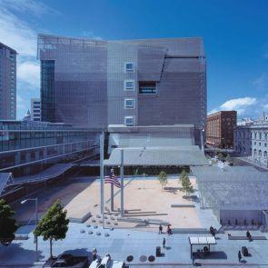 San Francisco Federal Building - Exterior/Courtyard