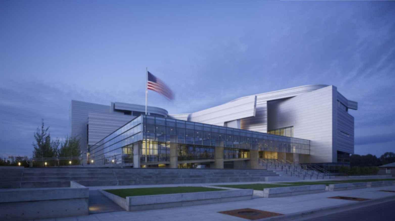 Wayne L. Morse United States Courthouse - Exterior at Dusk