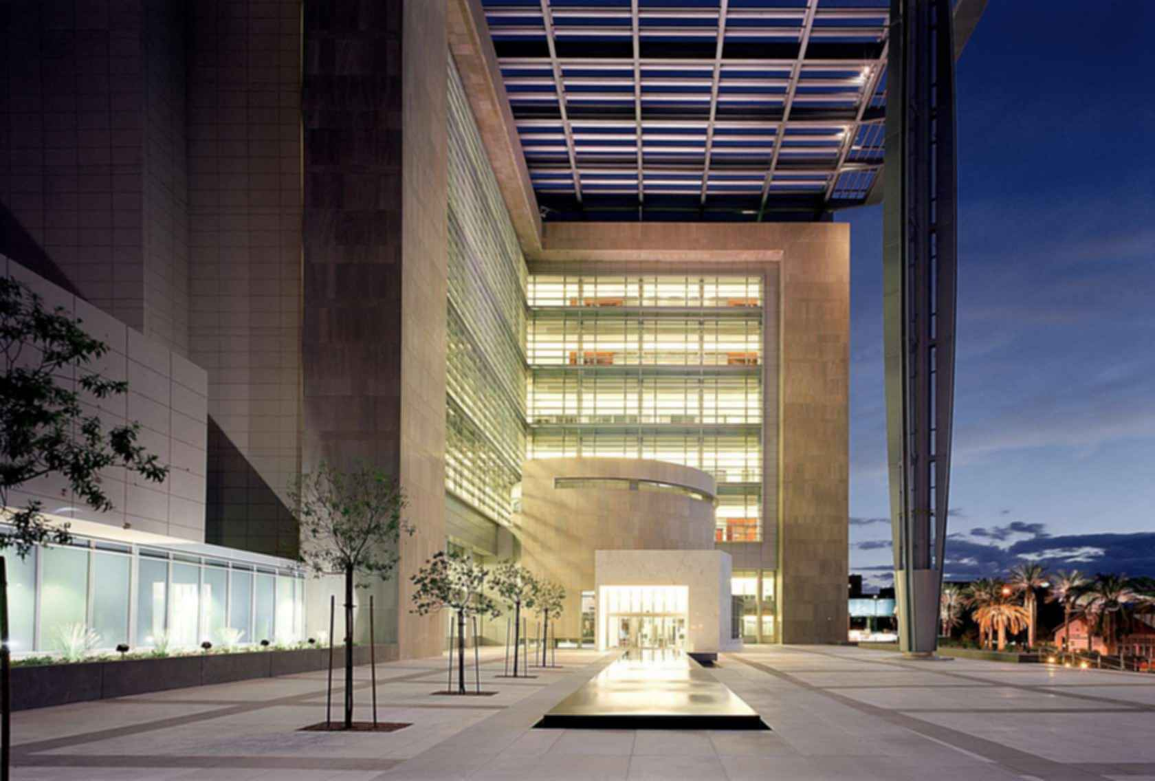 Lloyd D. George U.S. Courthouse and Federal Building - Exterior/Entrance
