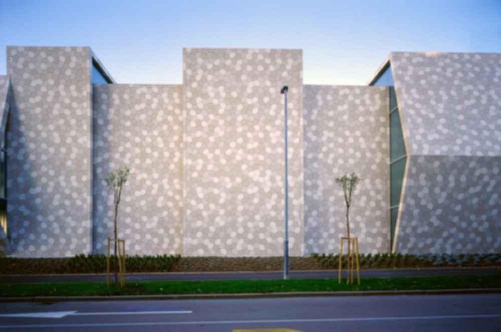 Zamet Center - Exterior Walls