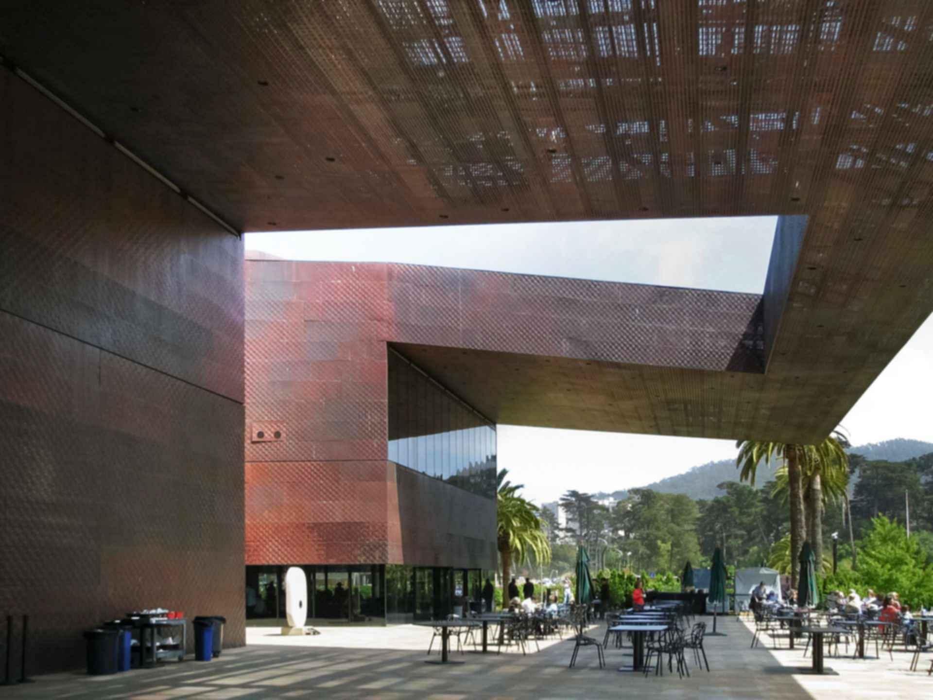 De Young Museum - Exterior/Outdoor Area