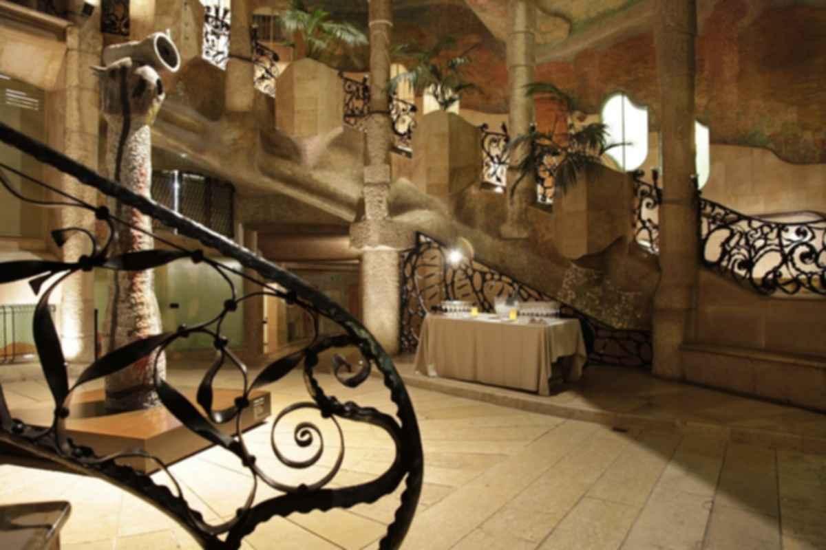 La Pedrera ( Casa Mila ) - Interior