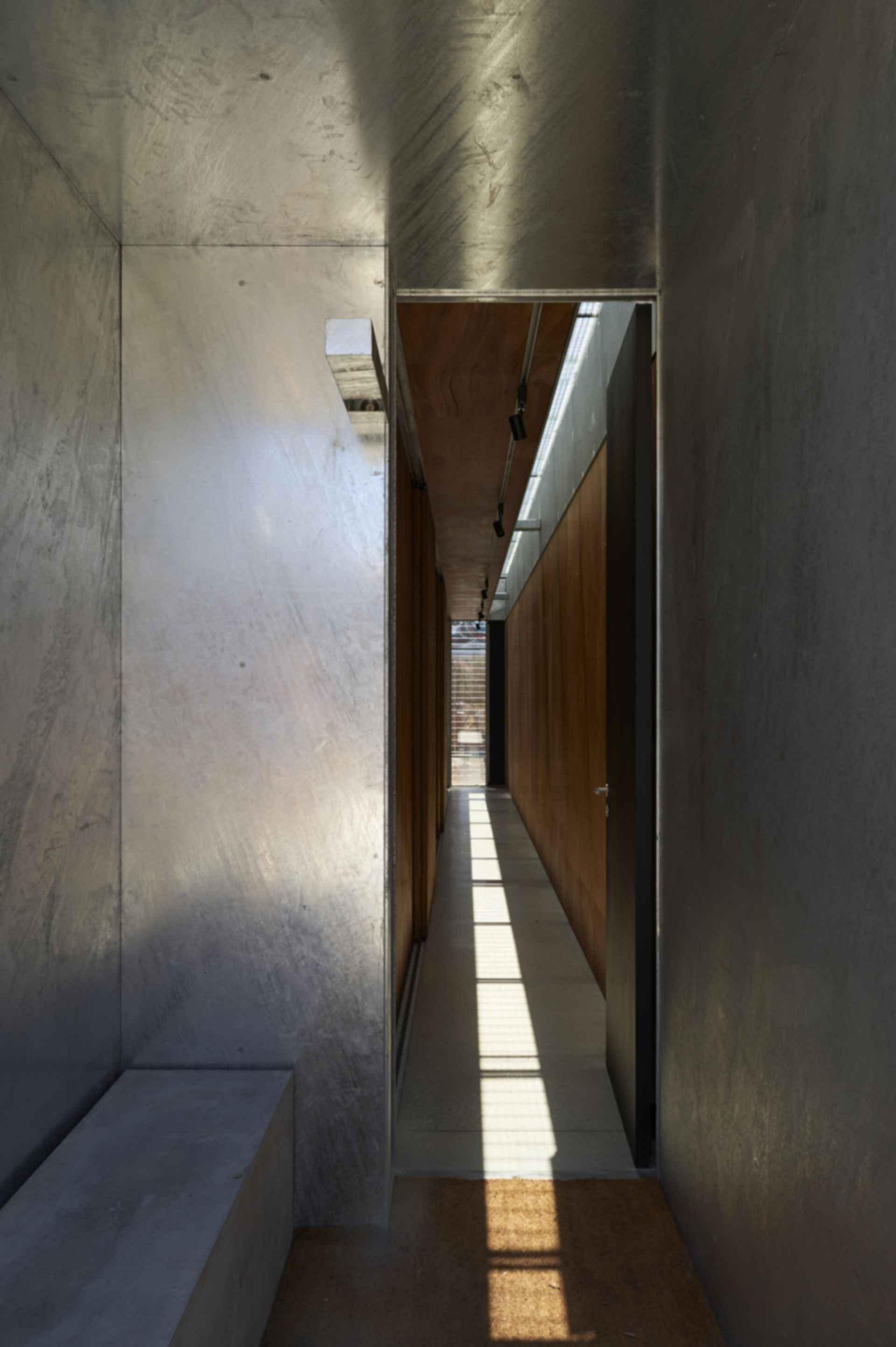 The Edward Street House - Interior/Hallway