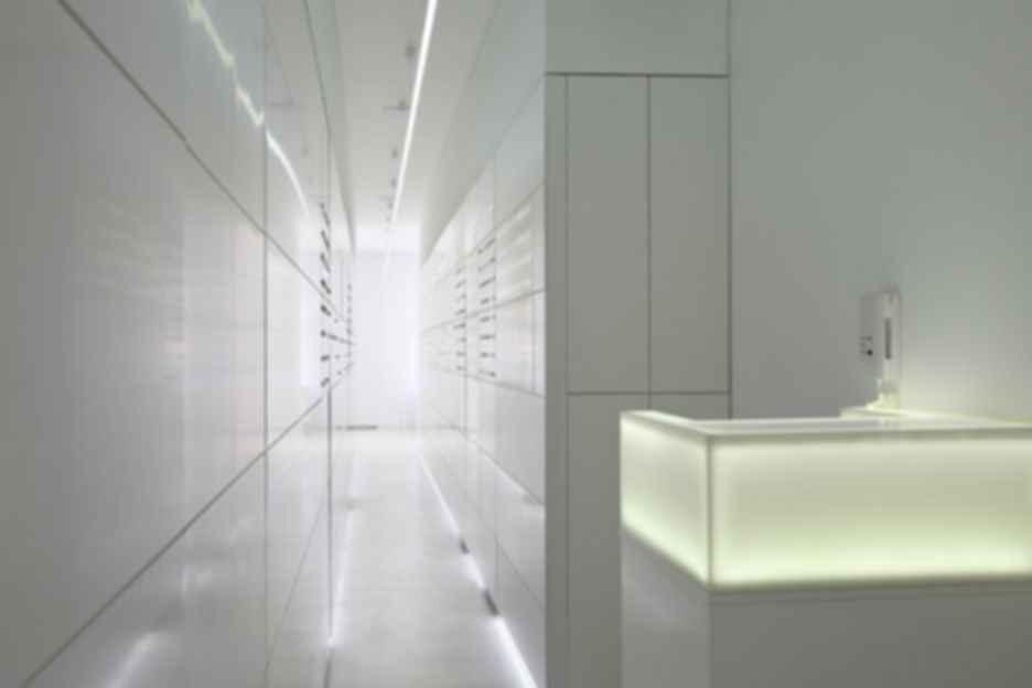A Serbian Clinic - Hallway