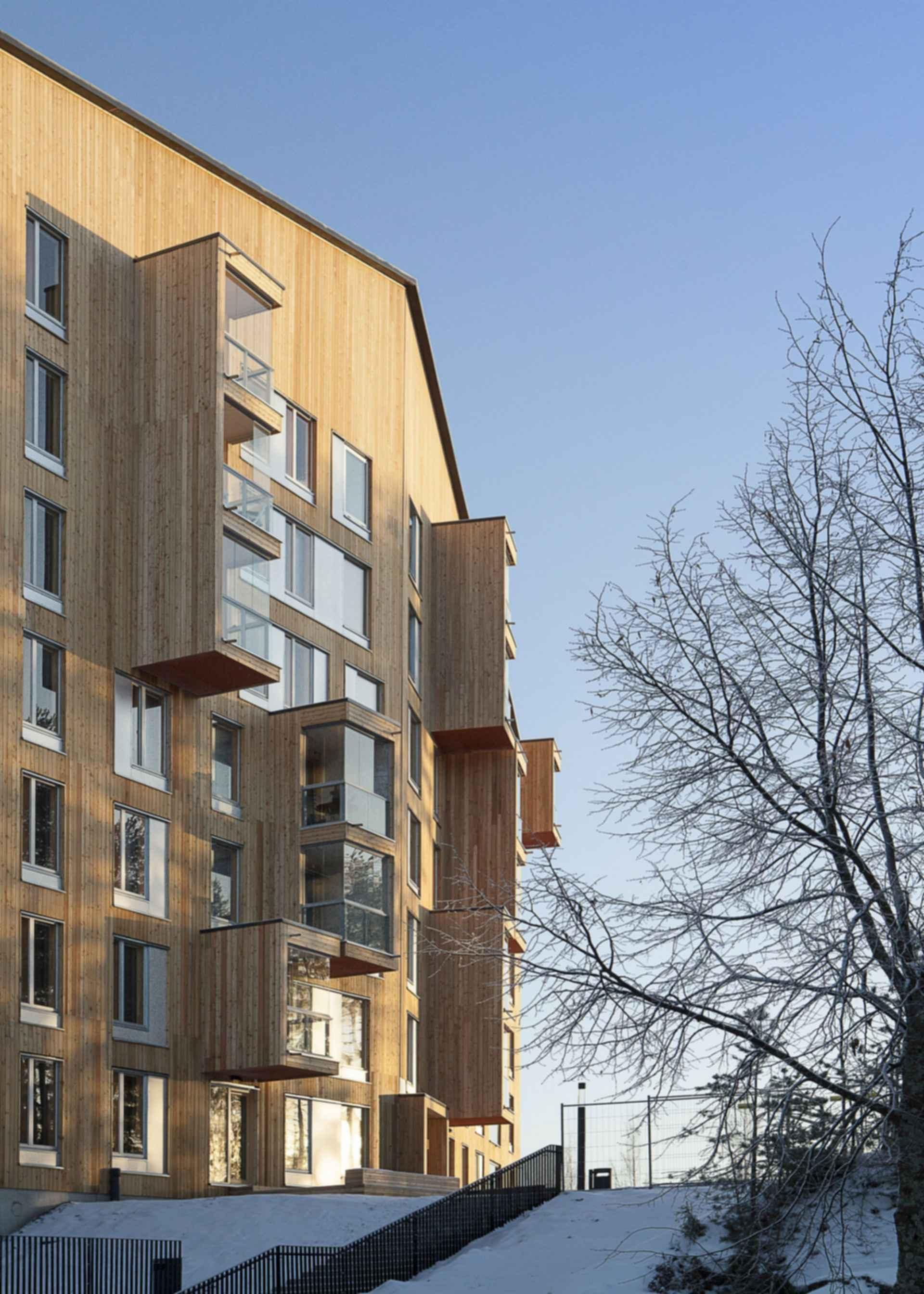 Puukuokka Housing Block - Exterior/Entrance