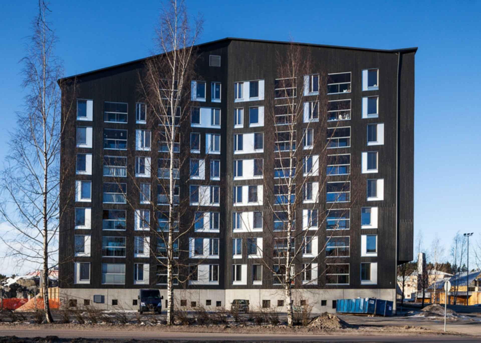 Puukuokka Housing Block - Exterior/Parking