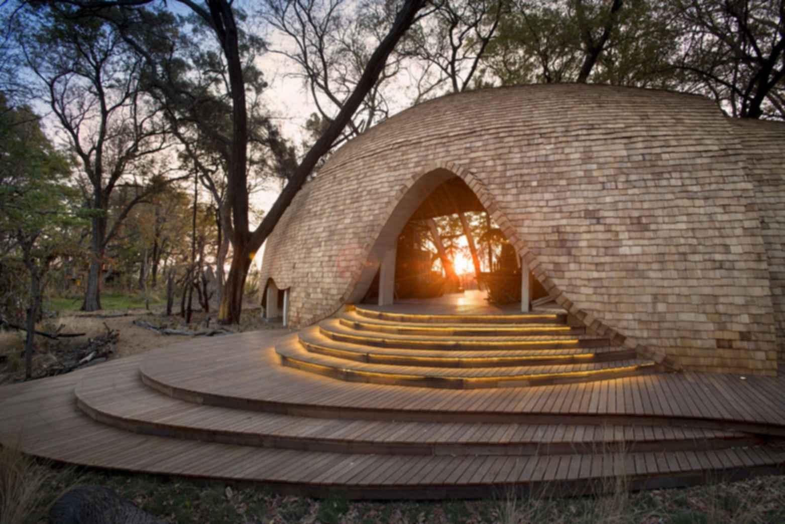 Sandibe Okavango Safari Lodge - Exterior/Entrance