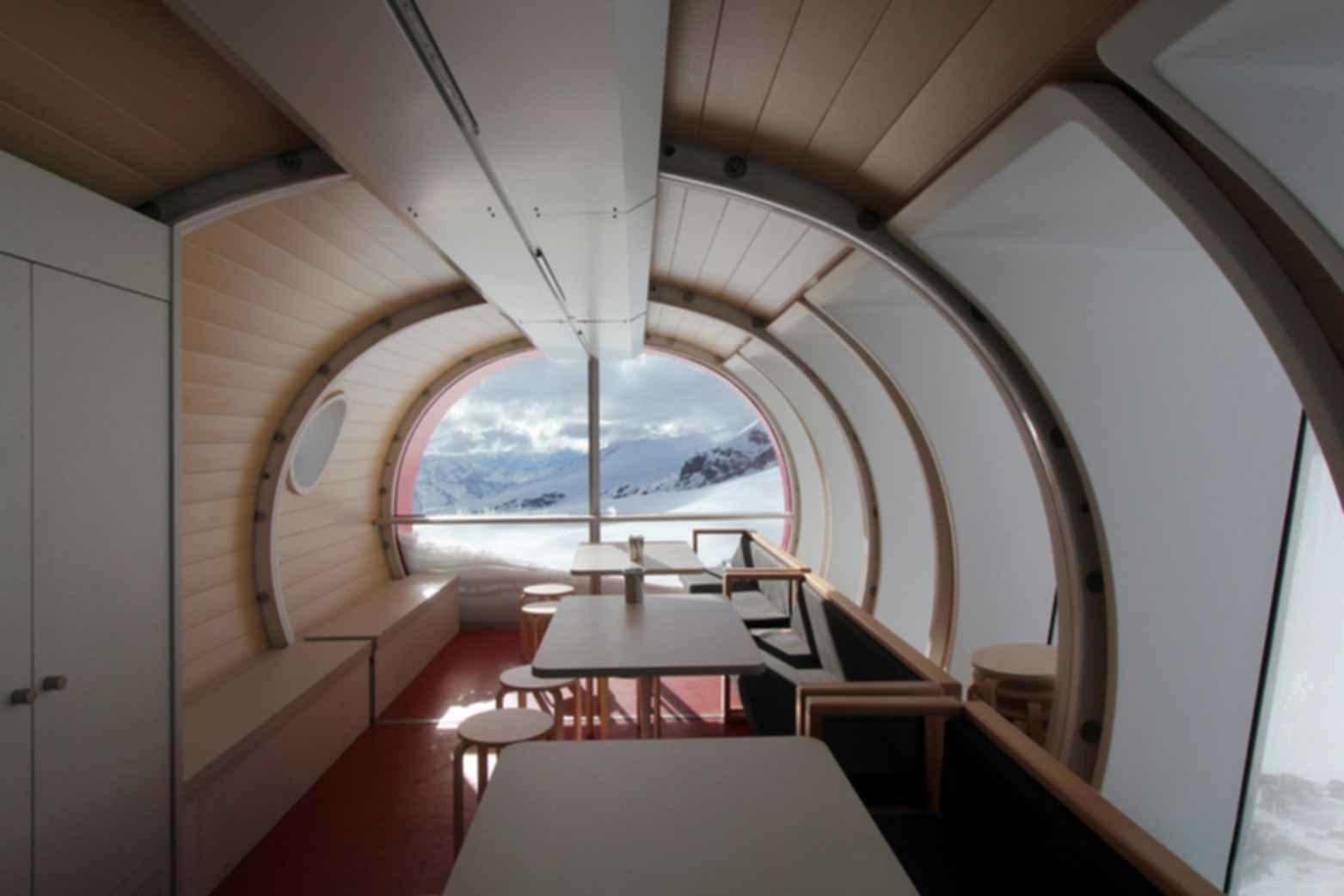 LEAPrus 3912 - Interior