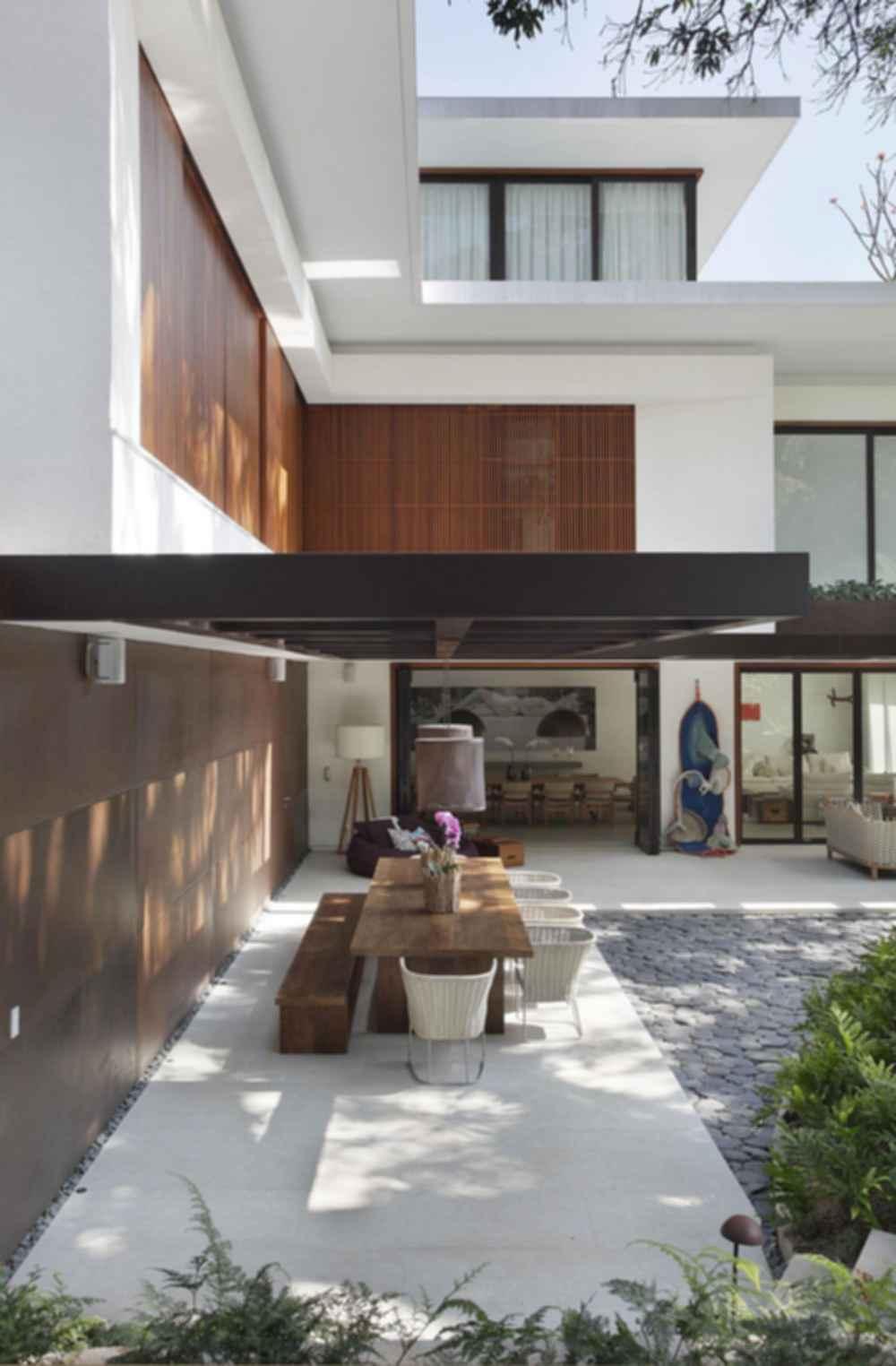 Tempo House - Exterior