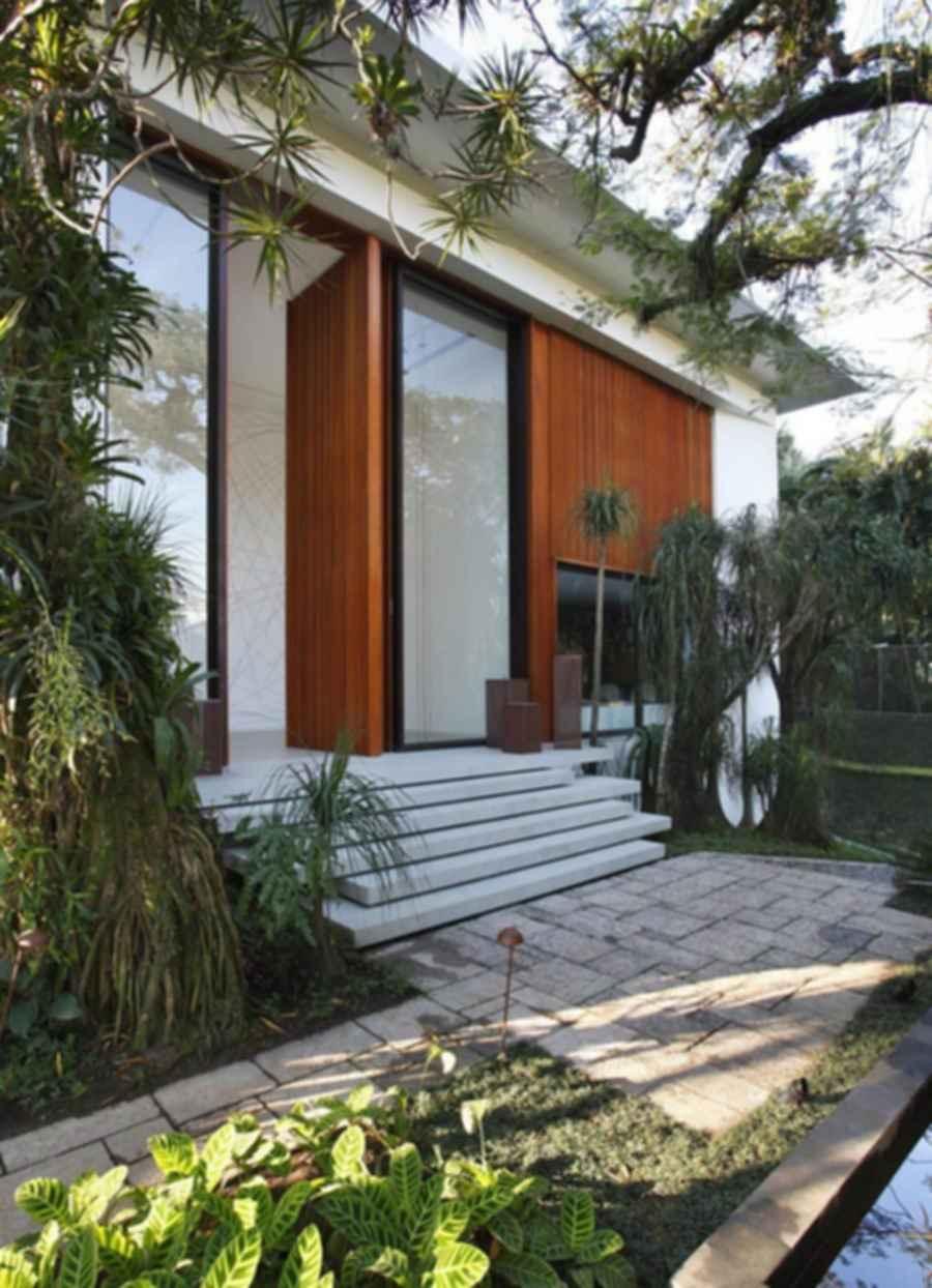 Tempo House - Exterior/ entrance