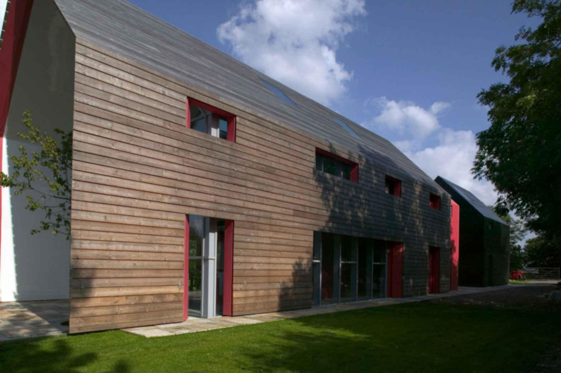 Sliding House - Exterior