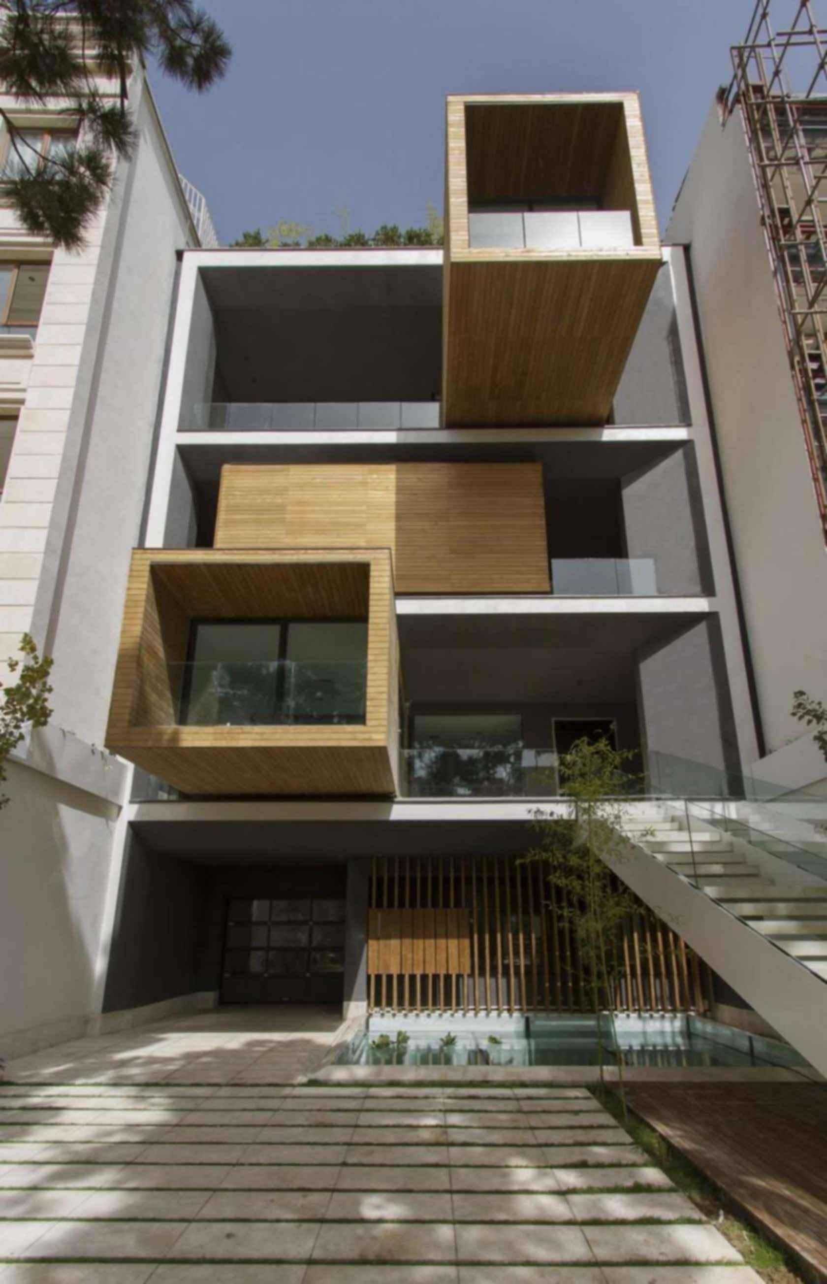 Sharifi-ha: The Transforming House - Exterior