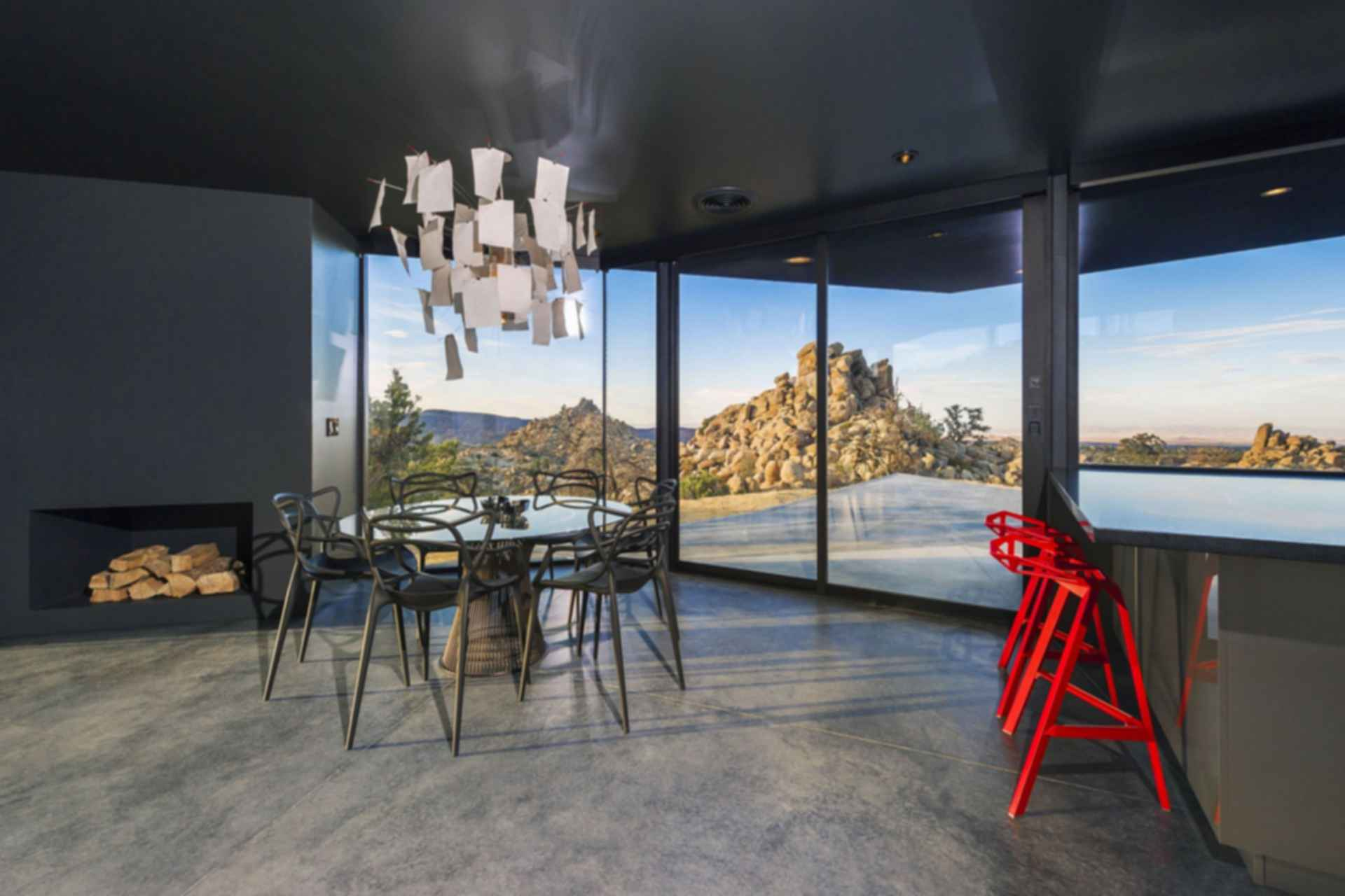 Black Desert House - Dining Room