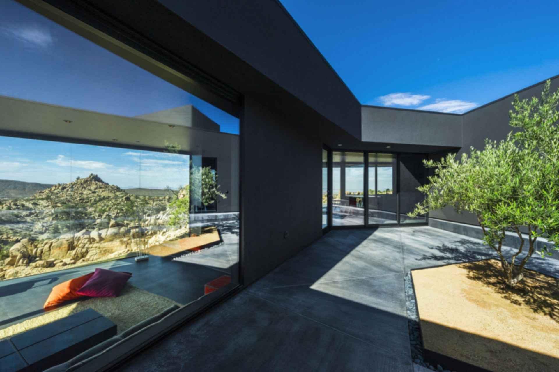 Black Desert House - Exterior
