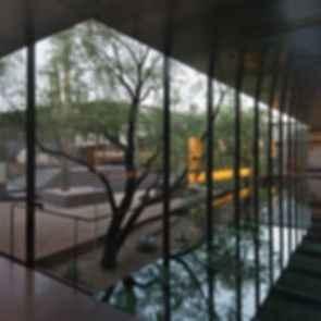 Desert Courtyard House - interior/exterior