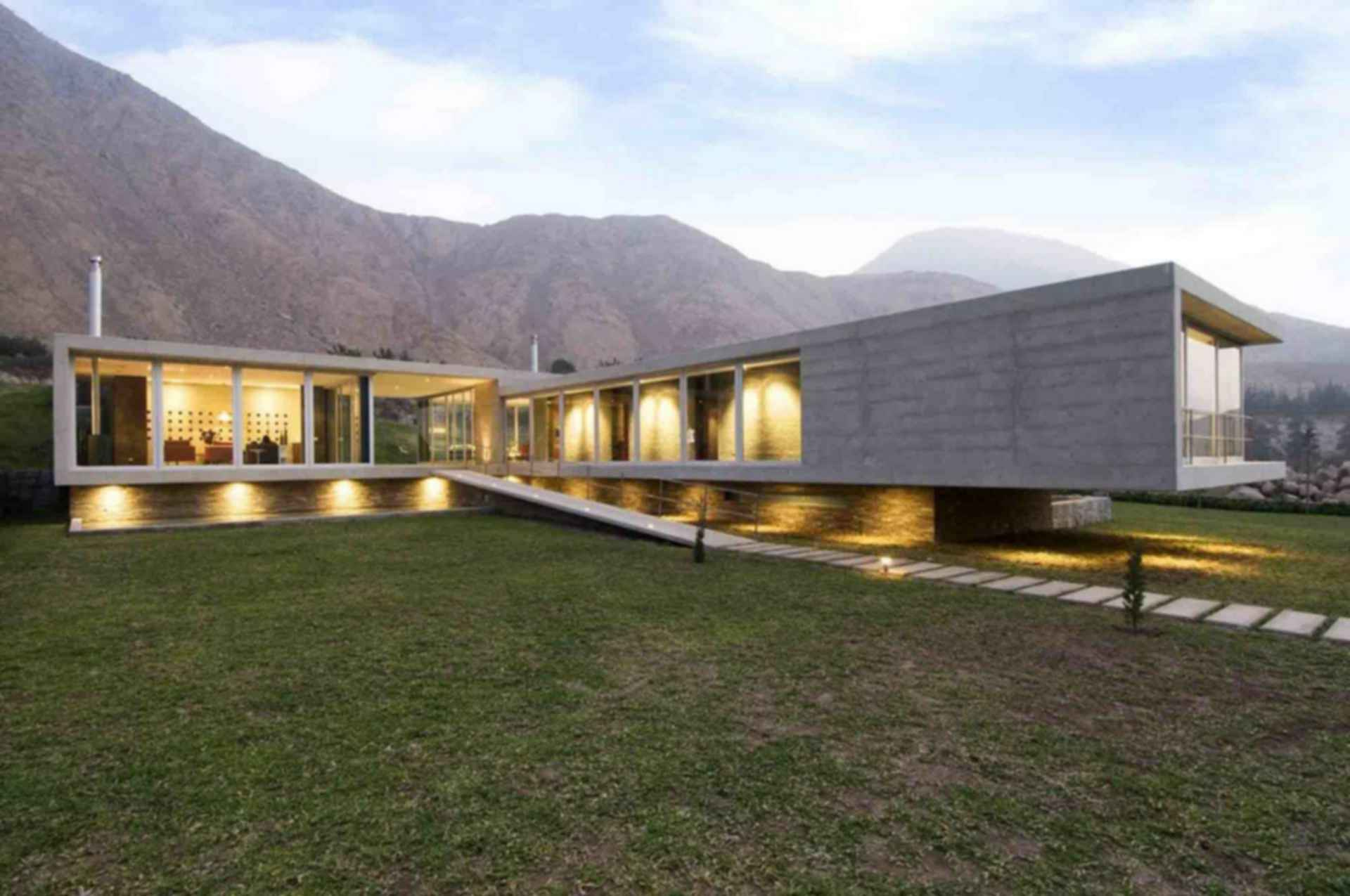 House on The Andes - exterior/landscaping