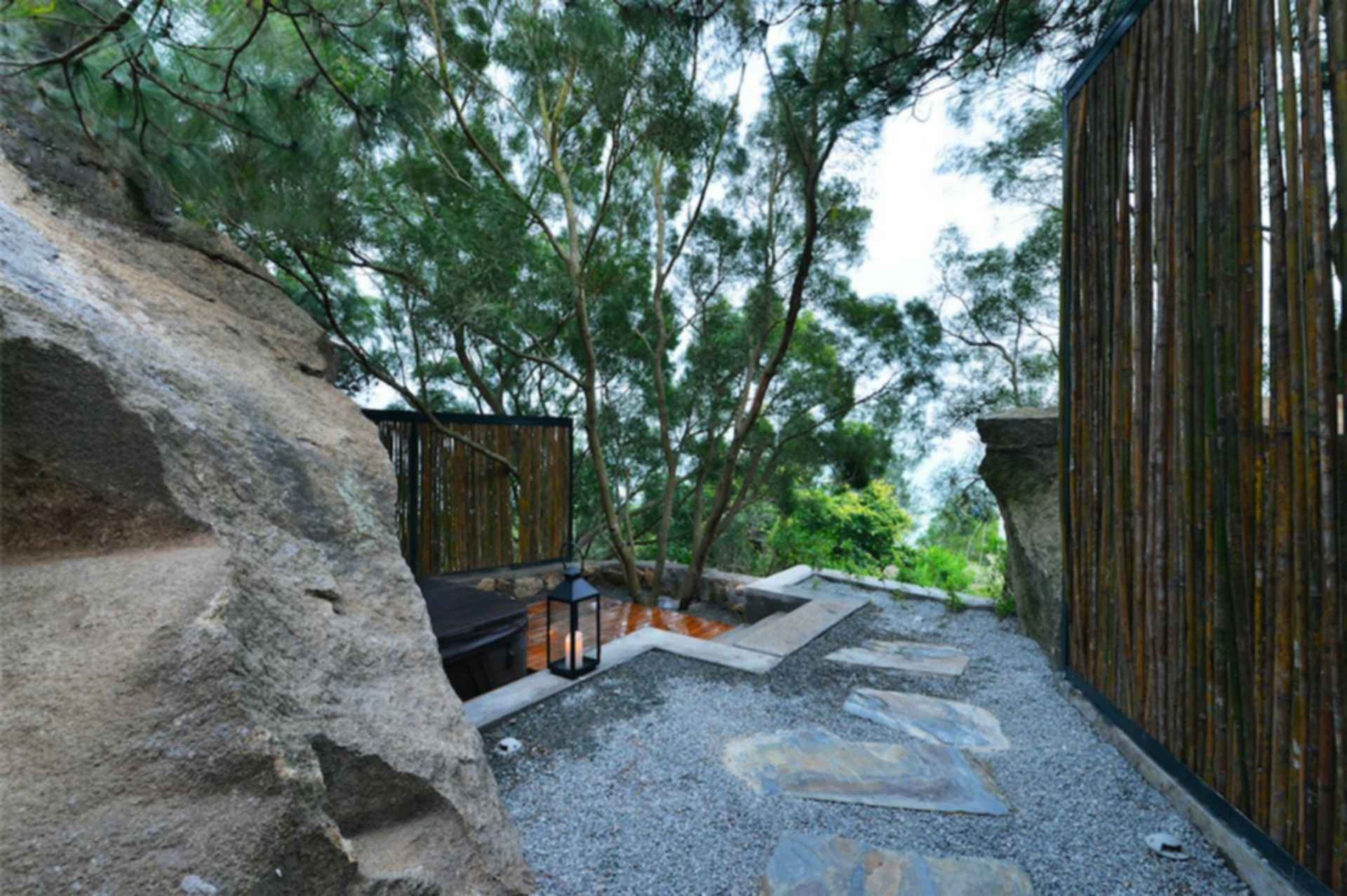 Nashare Hotel - exterior/landscaping