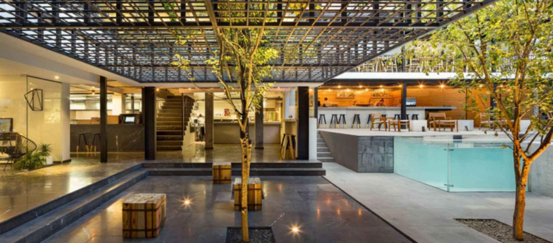 Carlota Hotel - interior/exterior