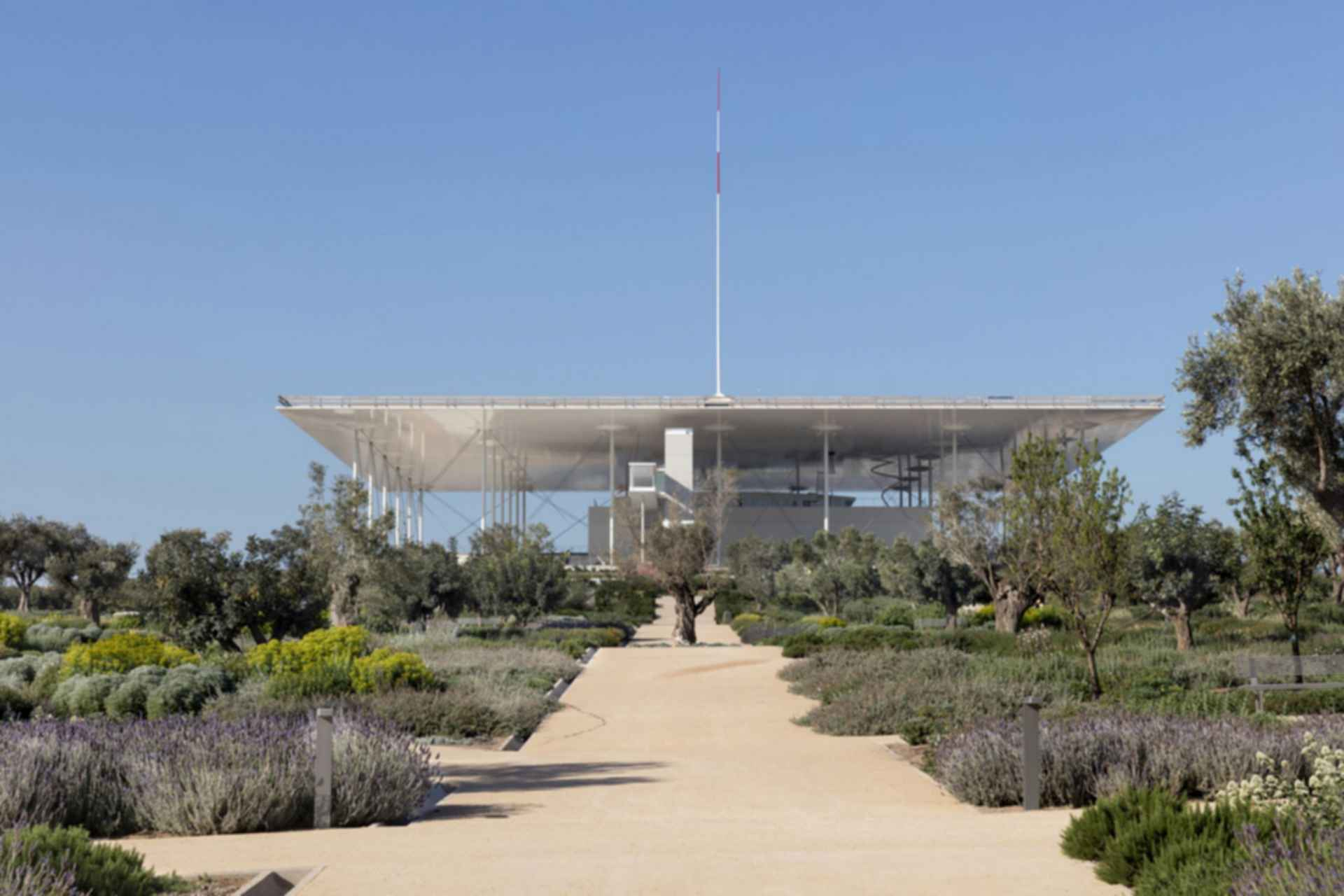 Stavros Niarchos Cultural Foundation - exterior/landscaping