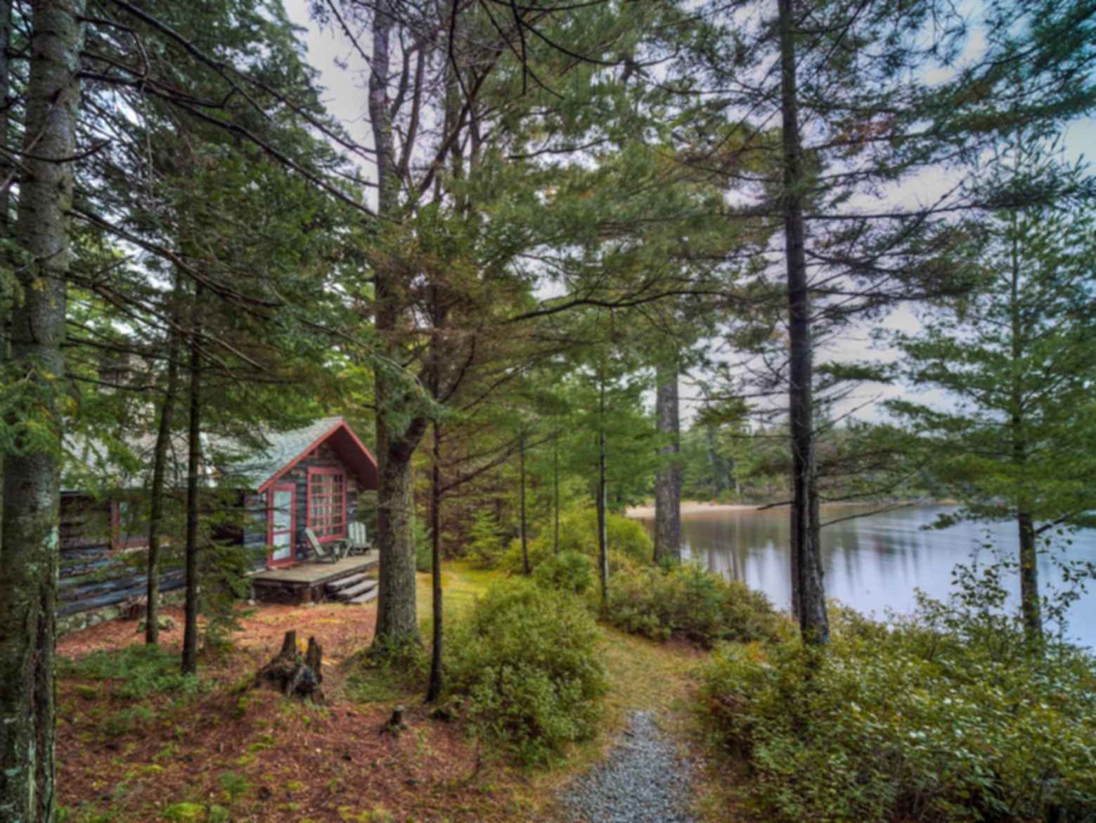 Hawkeye Cabin at Great Camp Uncas - exterior landscaping