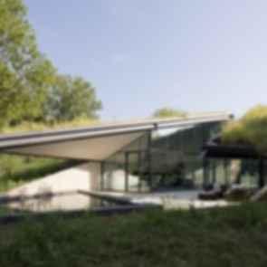 Edgeland Residence - Exterior