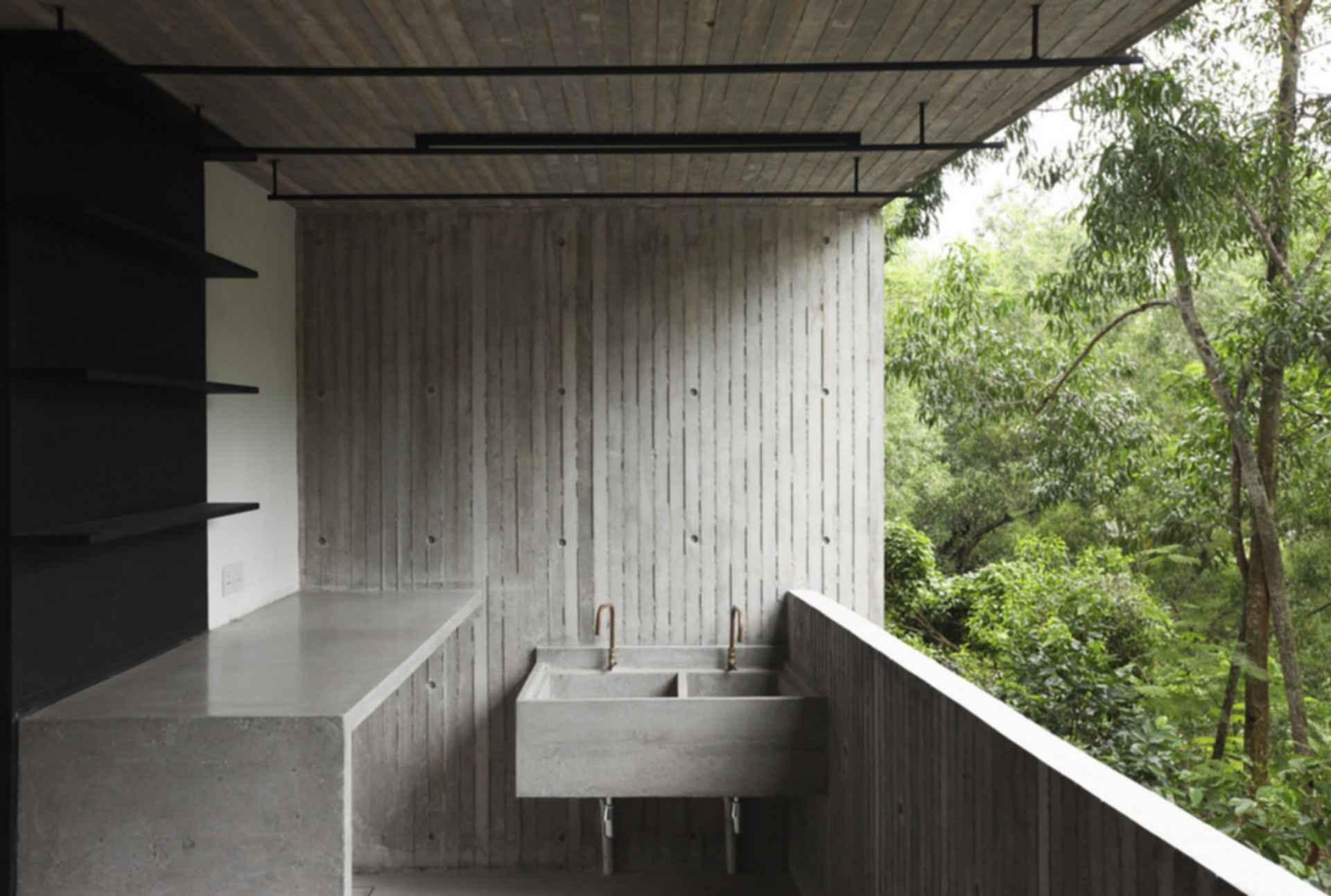 Box House - exterior
