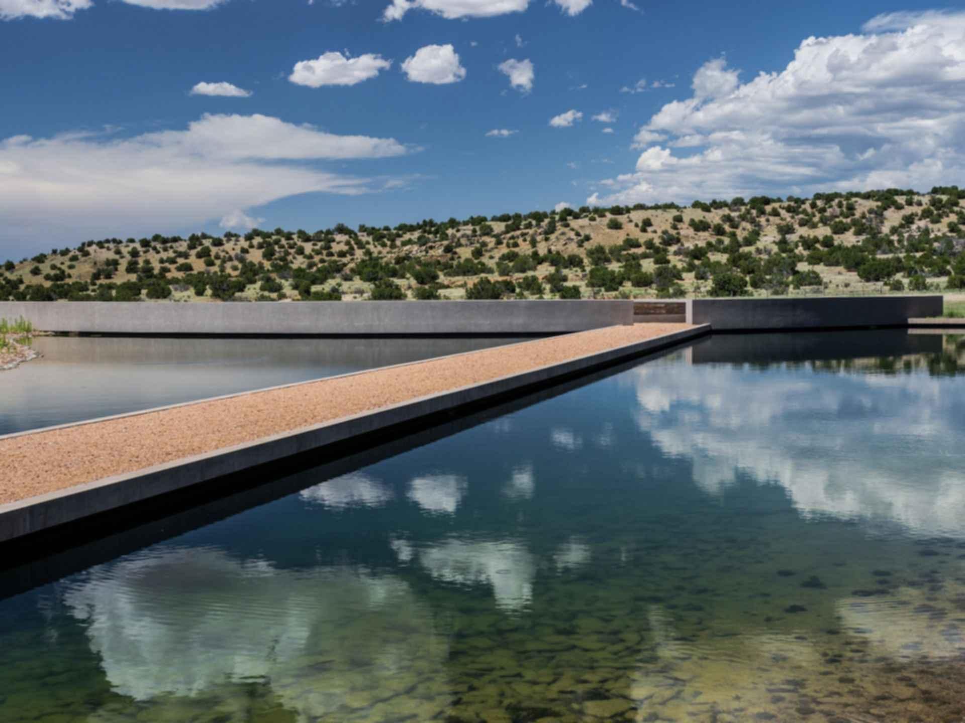 Tom Ford Cerro Pelon Ranch - Walkway/Landscape