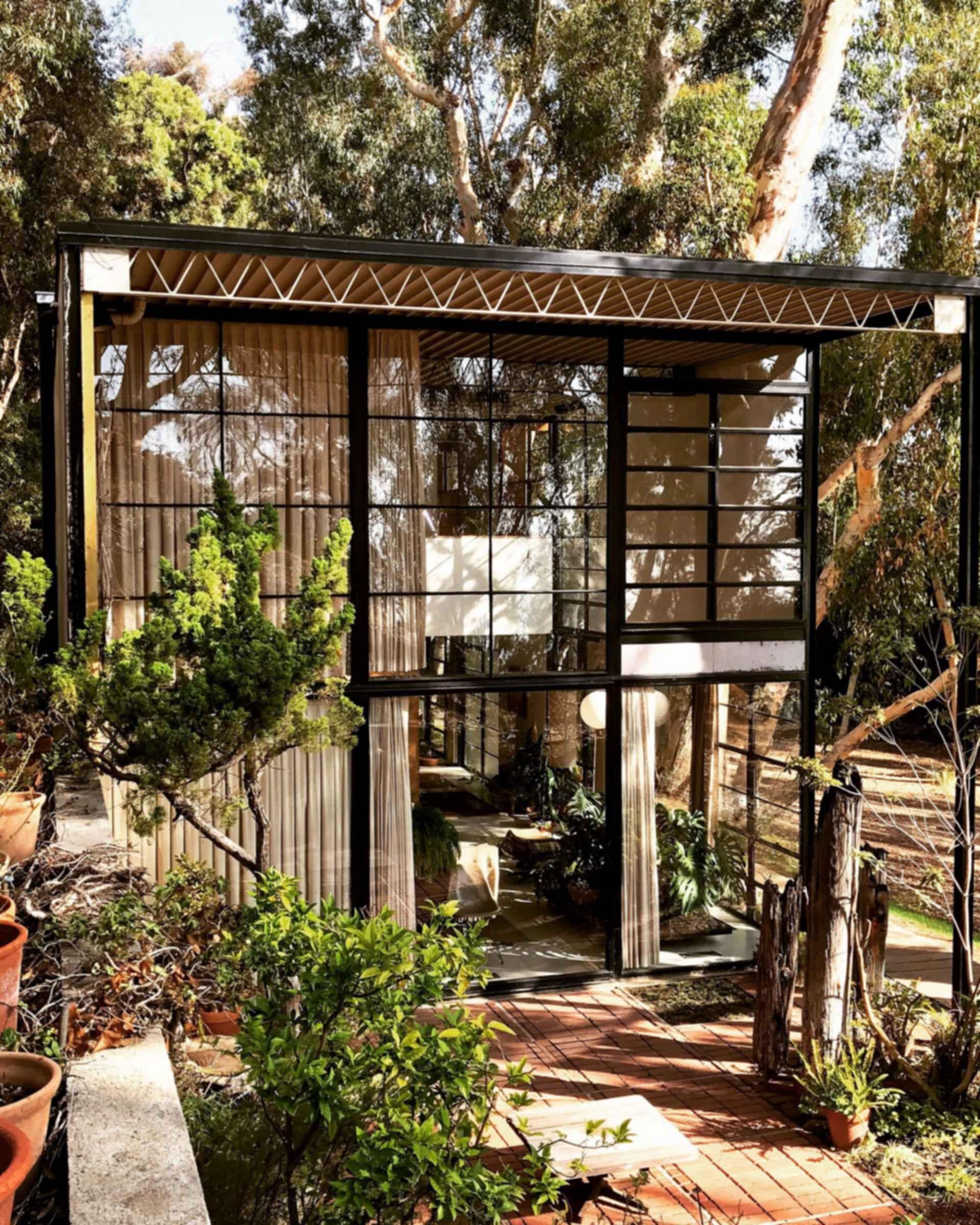 Eames House - Exterior/Entrance