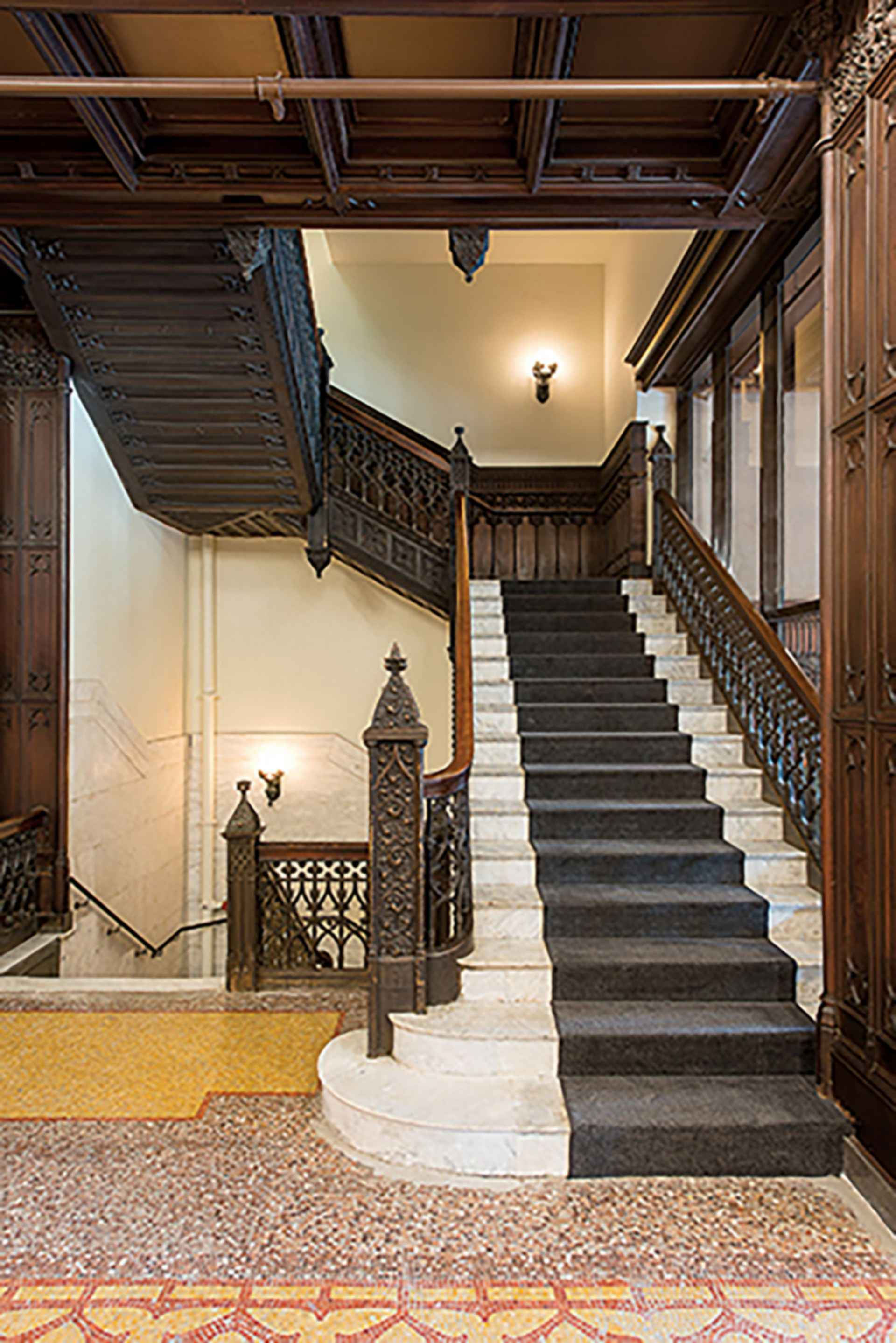 Chicago Athletic Association - Stairs