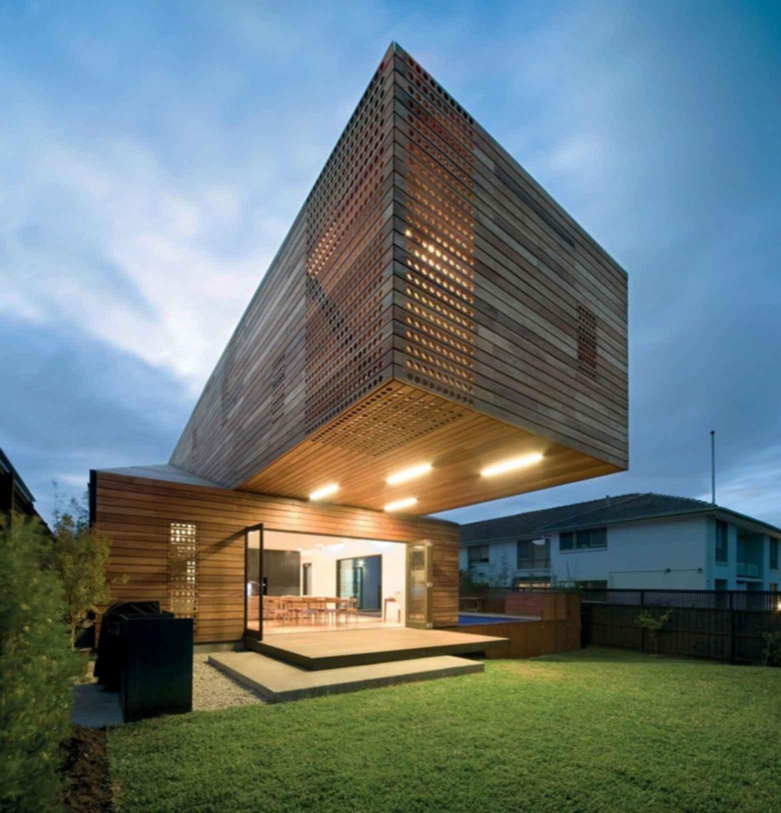 Trojan House - Exterior