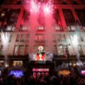 Macy's Christmas Window Display - Macy's Building