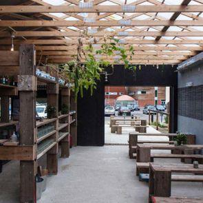 Barking Bathhouse Spa and Bar - Interior/Bar