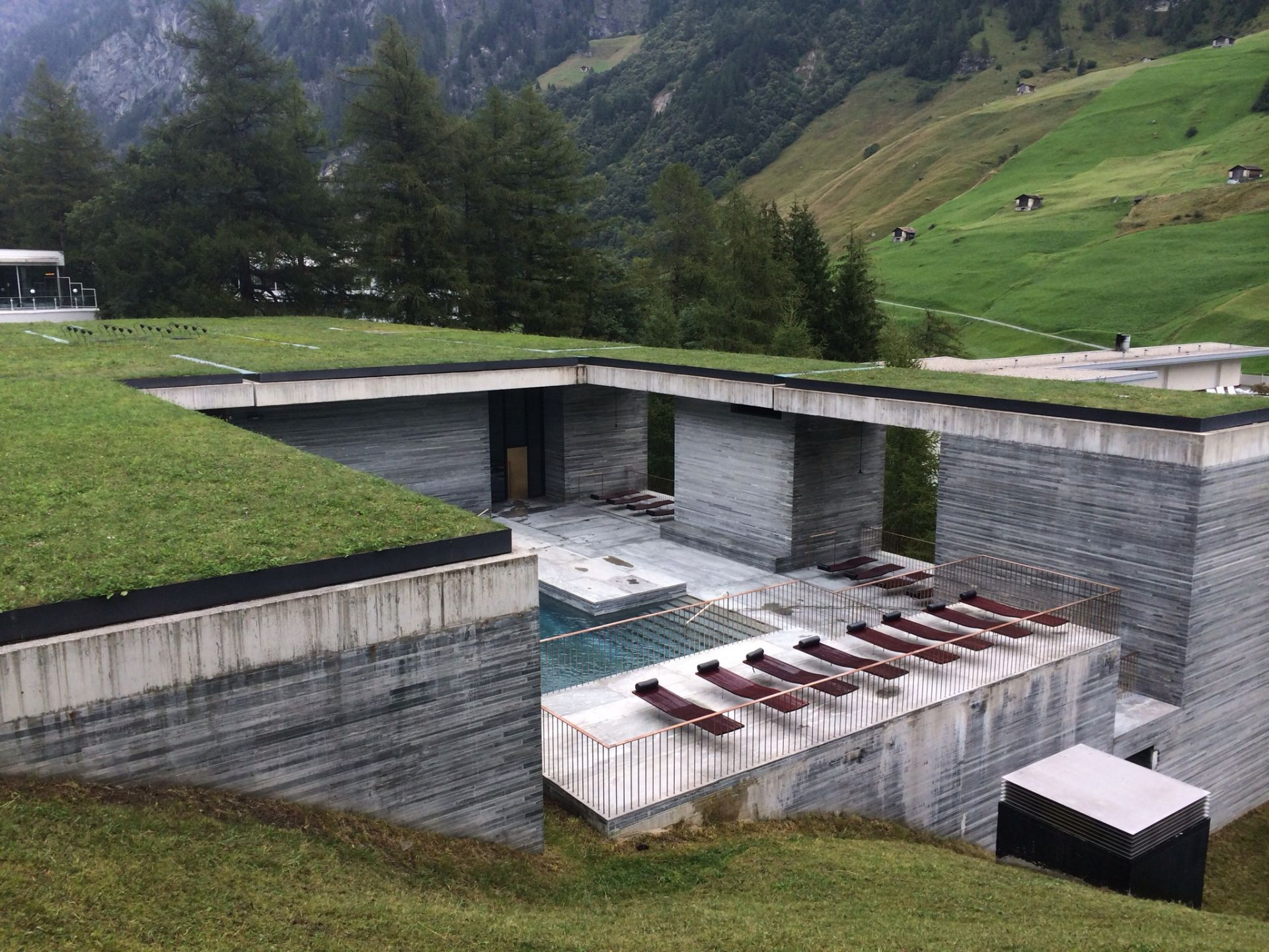 the therme vals exterior overview. Black Bedroom Furniture Sets. Home Design Ideas