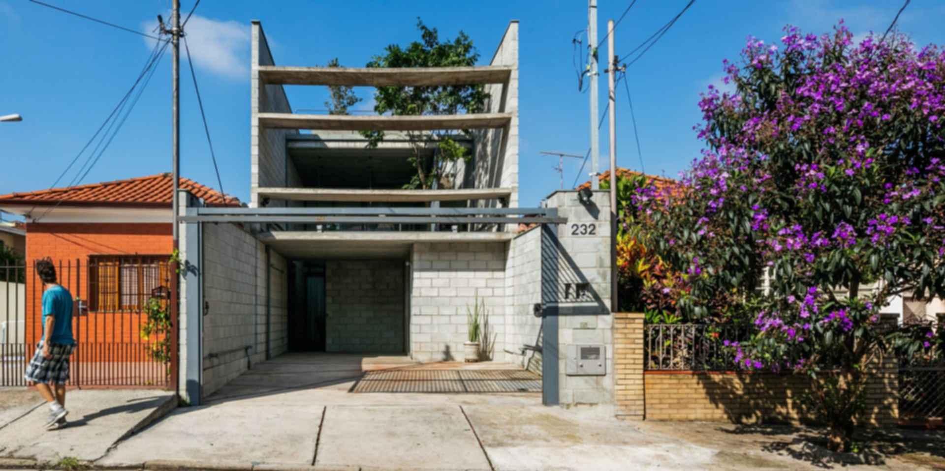 Mipibu House - Exterior/Street View