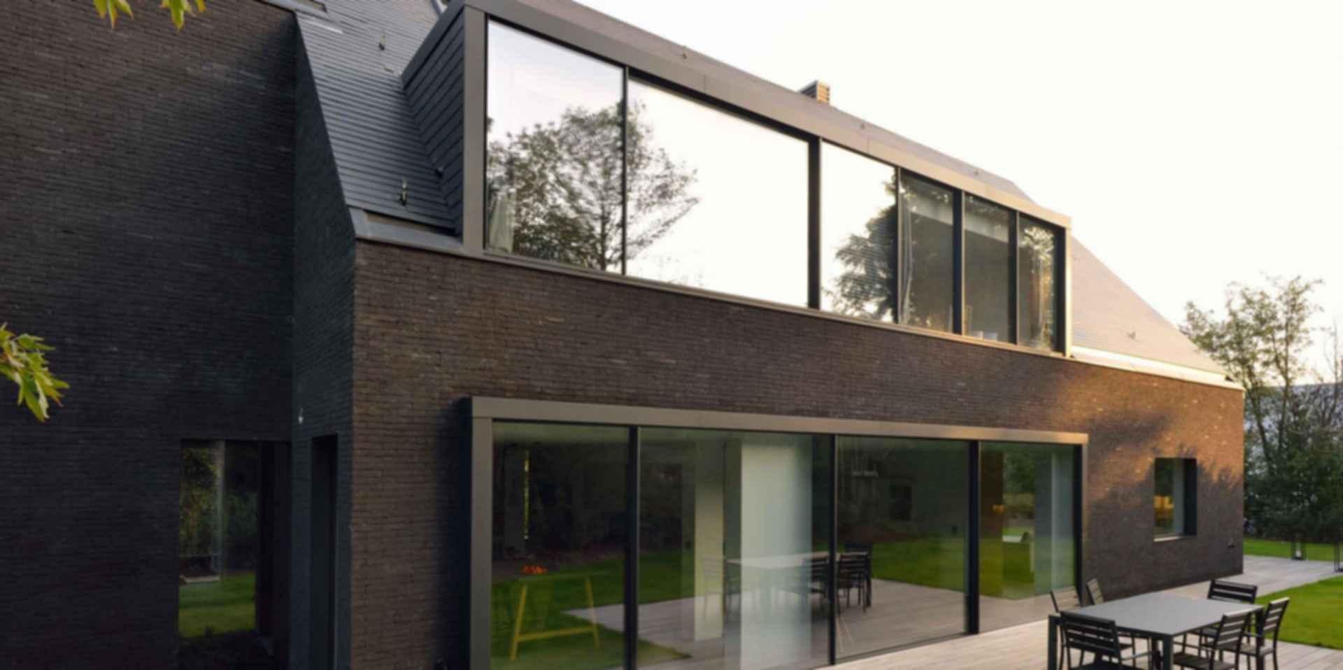 Black Villa - Exterior