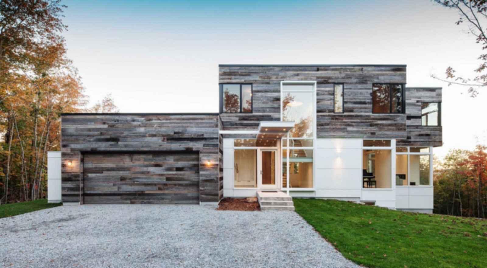 Gatineau Hills Residence - Exterior/Entrance
