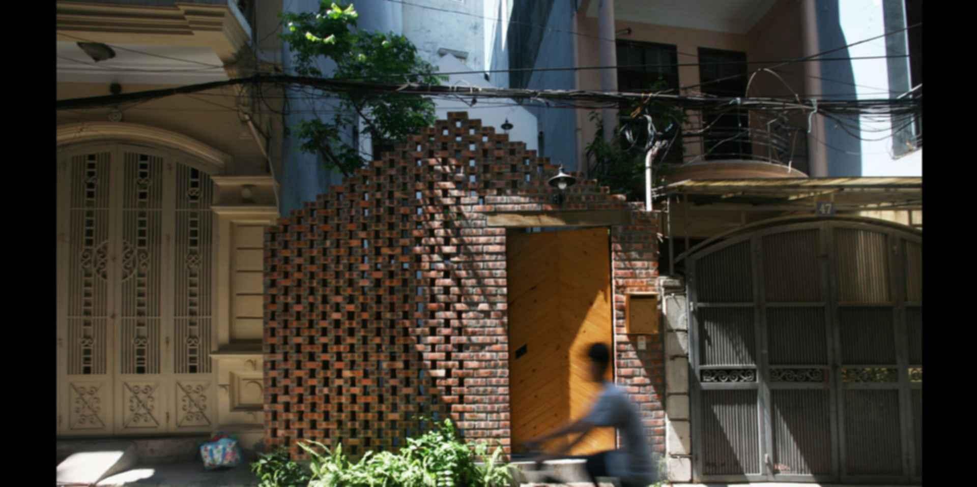Maison T House - Exterior/Street View