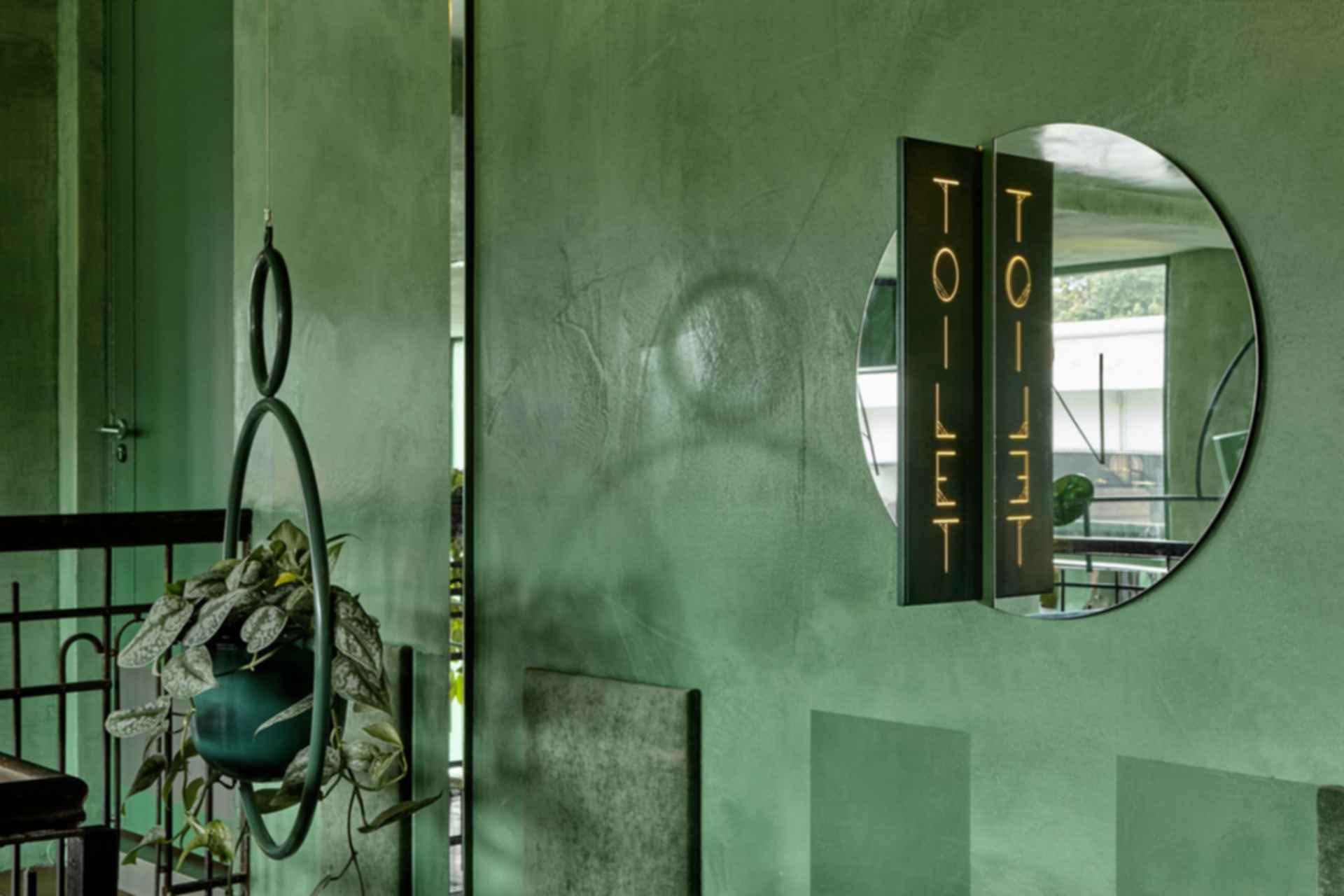 Bar Botanique Cafe Tropique - Interior/Toilet Sign